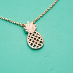 Jewelry - New Tropical Pineapple Necklace